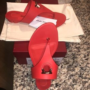 Salvatore Ferragamo- Gancio-embellished sandals